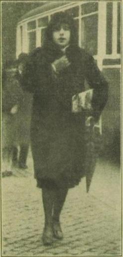 . . . Jetzt Fräulein Lili                                         Elbe (Kopenhagen, February 1931)
